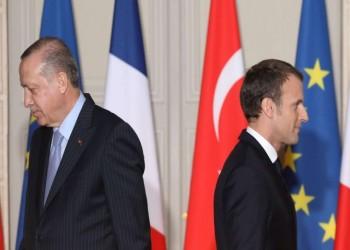ن.تايمز: تاريخ فرنسا الاستعماري وراء استجابة العالم الإسلامي لهجوم أردوغان على ماكرون