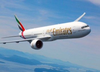 طيران الإمارات تطلب من طيارين الحصول على إجازة غير مدفوعة 12 شهرا
