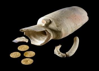 عمرها ألف سنة.. العثور على عملات ذهبية من العهد الفاطمي بالقدس الشرقية