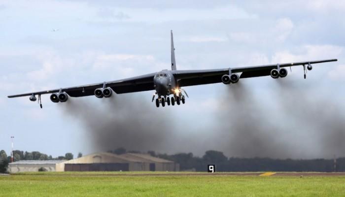 أمريكا تنشر قاذفات B-52 في الشرق الأوسط.. ماذا ينوي ترامب؟