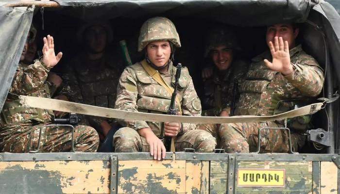 بعد نزع الألغام.. الجيش الأذربيجاني يتسلم مقاطعة كالباجار من القوات الأرمينية
