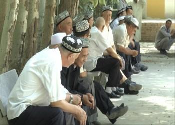 رايتس ووتش تطالب السعودية بكشف وضع معتقلَين من الإيجور.. وتحذر من تسليمهما للصين