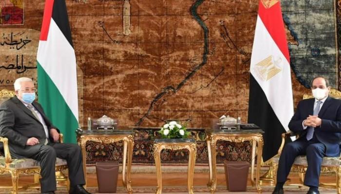 السيسي وعباس يبحثان العودة إلى المفاوضات مع الإسرائيليين