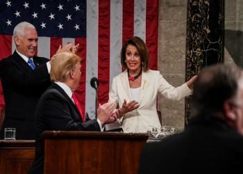 بيلوسي: الكونجرس يصوت على دعوة بنس لعزل ترامب