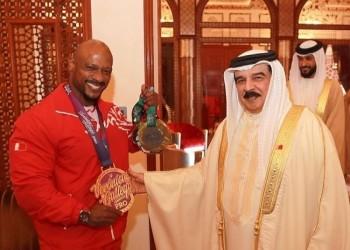 البحرين تطالب قطر بالإفراج عن بطلها سامي الحداد