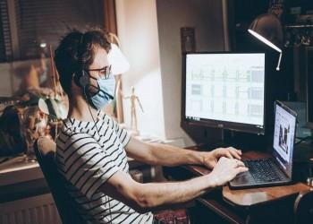 كورونا يجبر 20% من موظفي العالم على العمل في المنزل