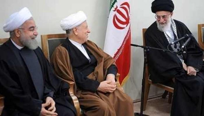 تعارك علماء الدين الإيرانيين حول عصمة خامنئي
