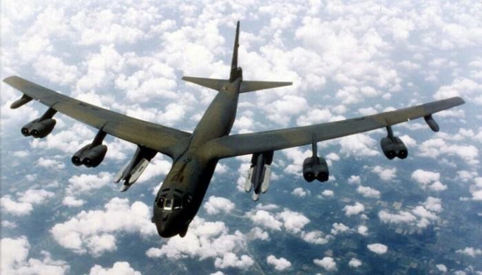 رسالة لإيران.. قاذفة بي-52 أمريكية تحلق فوق مياه الخليج للمرة السادسة