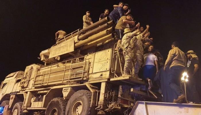 اشترته الإمارات لحفتر.. أمريكا تنقل نظاما صاروخيا روسيا من ليبيا