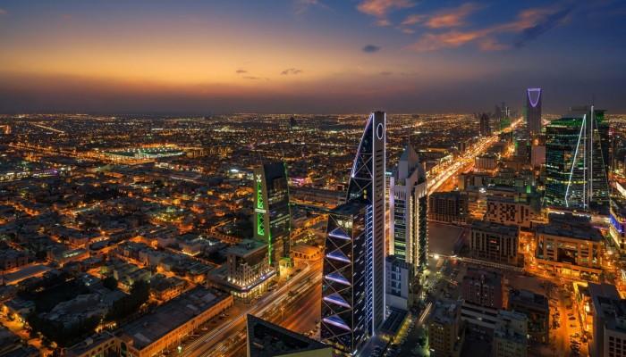 السعودية تعتزم إيقاف التعاقد مع أي شركة أجنبية مقرها الإقليمي خارج المملكة