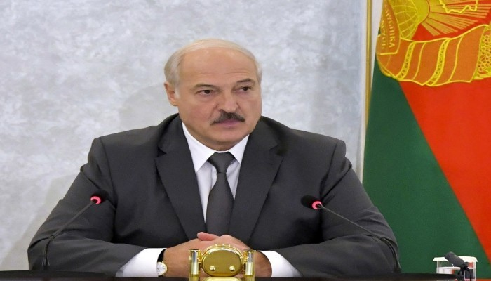 رئيس بيلاروسيا عن إمكانية الاندماج مع روسيا في دولة واحدة: تفكير غبي