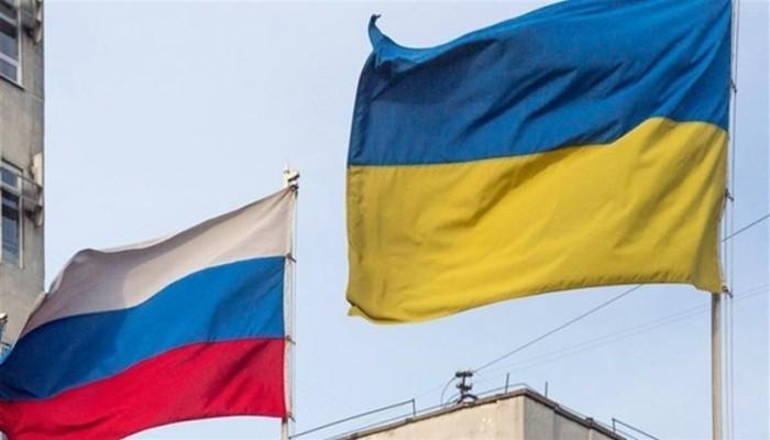 وسط توترات متصاعدة.. أوكرانيا وروسيا تتبادلان طرد الدبلوماسيين
