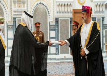 سفير السعودية لدى عمان يقدم أوراق اعتماده للسلطان هيثم