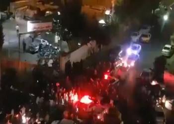 تواصل الاحتجاجات في إيران على انقطاع الكهرباء.. وروحاني يأمر بالتحقيق في الأزمة