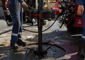 النفط يواصل خسائره بعد اتفاق أوبك+ على زيادة الإنتاج