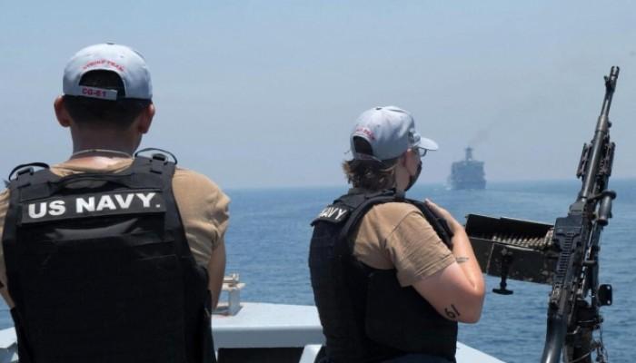البنتاجون: سفن حربية أمريكية ترافق الناقلة الإسرائيلية التي هوجمت قبالة عمان