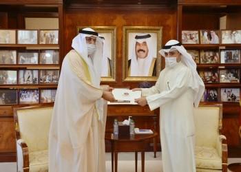 وزير الخارجية الكويتي يتسلم رسالة خطية من نظيره الإماراتي
