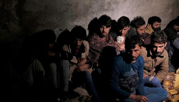 مستشار النمسا: أرفض استقبال مزيد من اللاجئين الأفغان