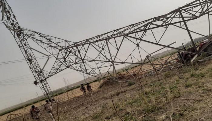 الظلام يخيم على 3 محافظات عراقية جراء انقطاع الكهرباء